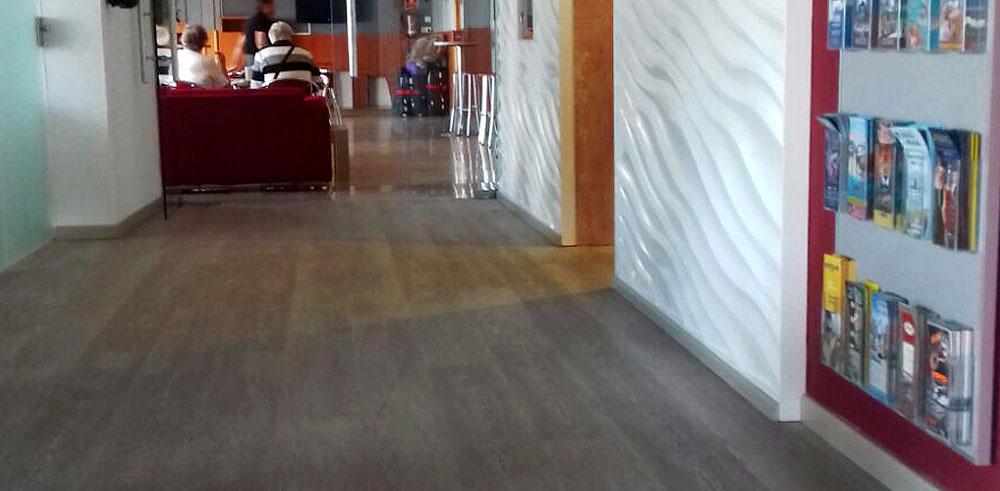 Pavimento vinílico en el Hotel Montemar Benidorm
